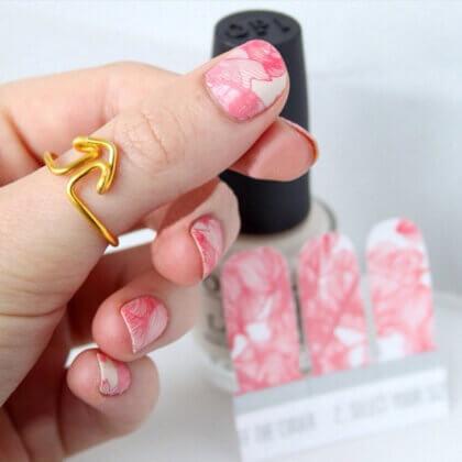 sq-20140815-thumbsup-ring