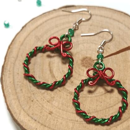 festive-xmas-wreath-earrings
